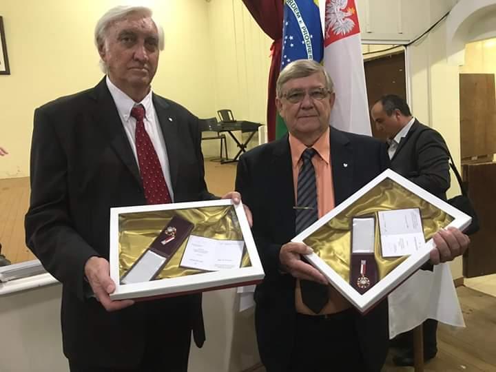 Sãomateuenses recebem Mérito Cultural da República da Polônia