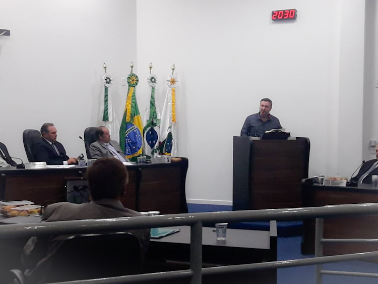 Deputado eleito participa de sessão em Irati reafirmando ações regionais