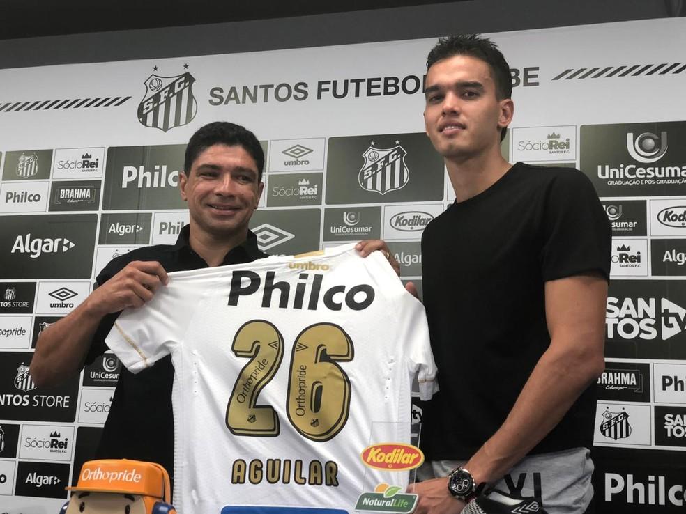 Apresentado, Felipe Aguilar fala de suas características e explica escolha pelo Santos