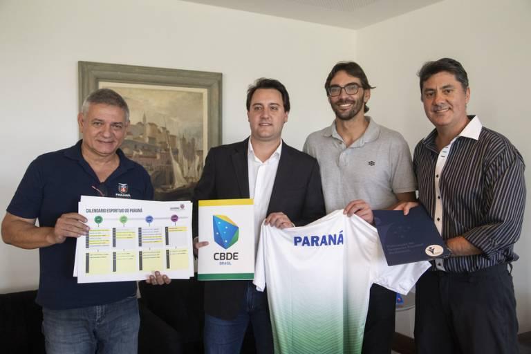 Abertura do calendário de Jogos Escolares do Paraná conta com a presença de Giba