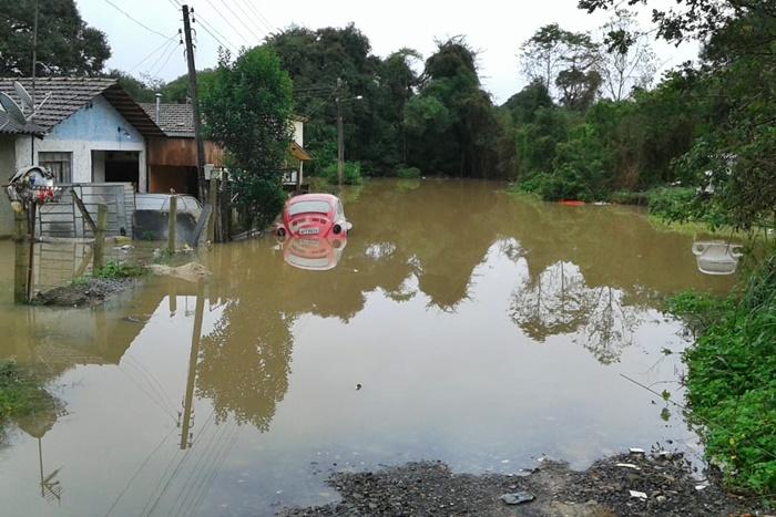 Drama da enchente deixa Mafra. Prejuízo de mais de R$ 15 milhões