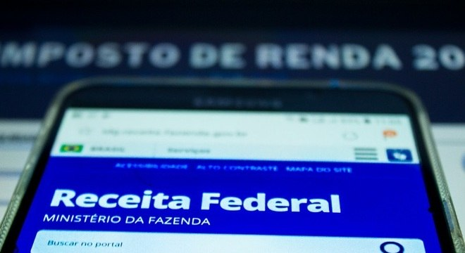 Receita deposita nesta terça dinheiro do 5º lote de restituição do IRPF 2018/2019