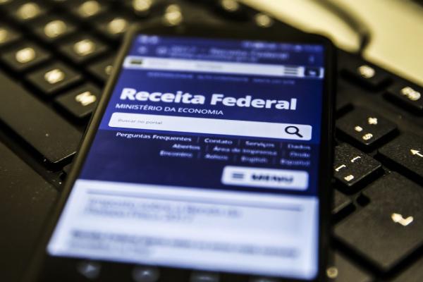Receita paga hoje R$ 5,7 bilhões em restituição de Imposto de Renda