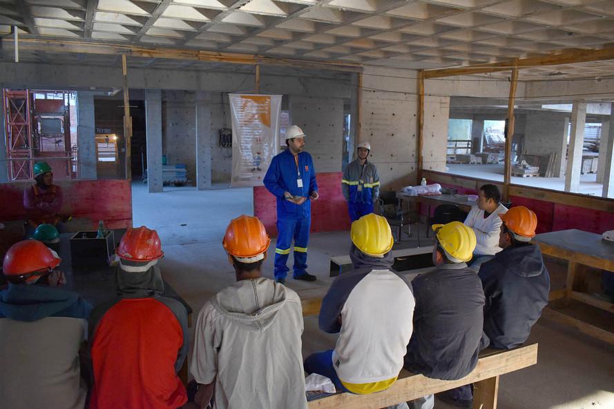 Copel alerta sobre riscos na construção e manutenção predial