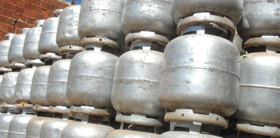 Petrobras aprova revisão da política de preços do botijão de gás de cozinha