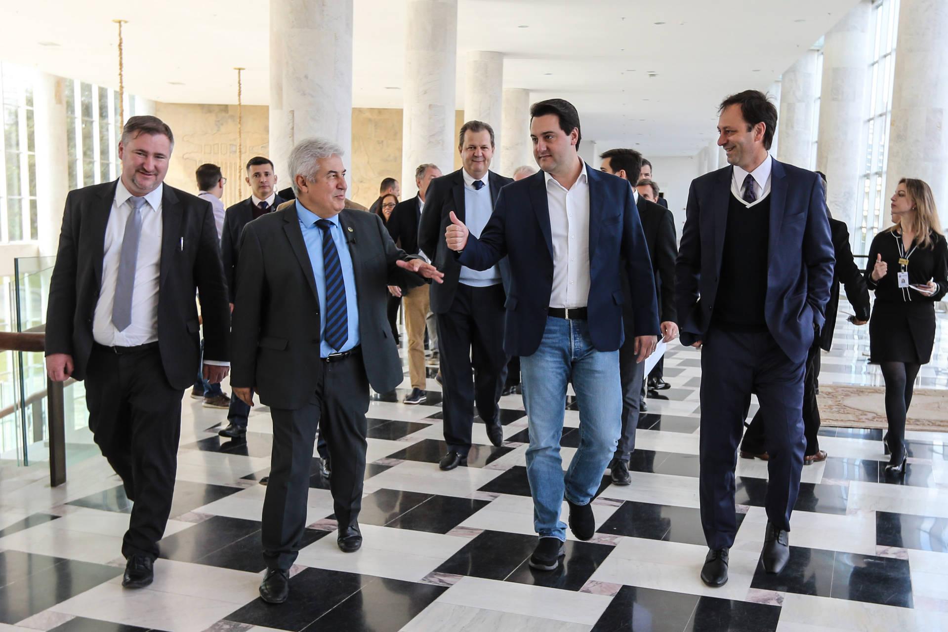 Governador reforça a ministro meta de tornar o Paraná polo agritech