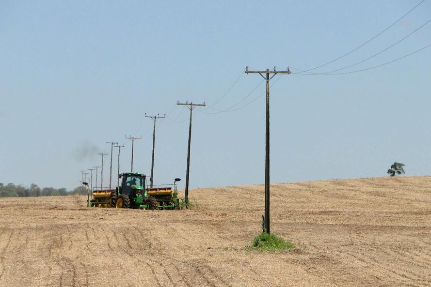 Campanha alerta para cuidados com a energia na área rural