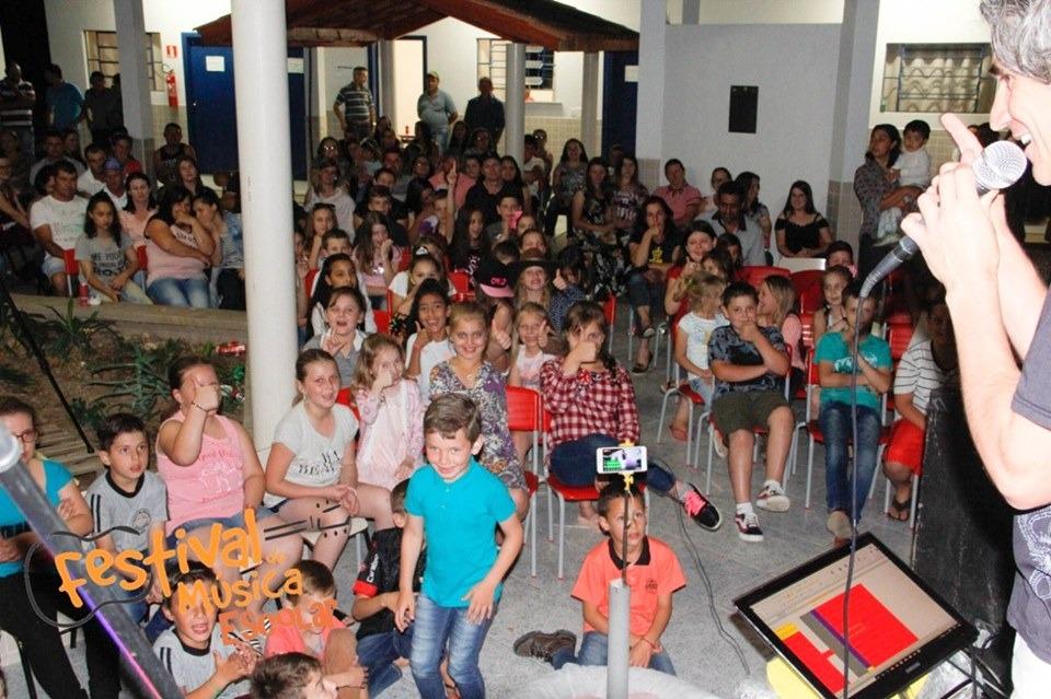 Rio Azul realiza Festival de Música com viés pedagógico e premia melhores por categoria