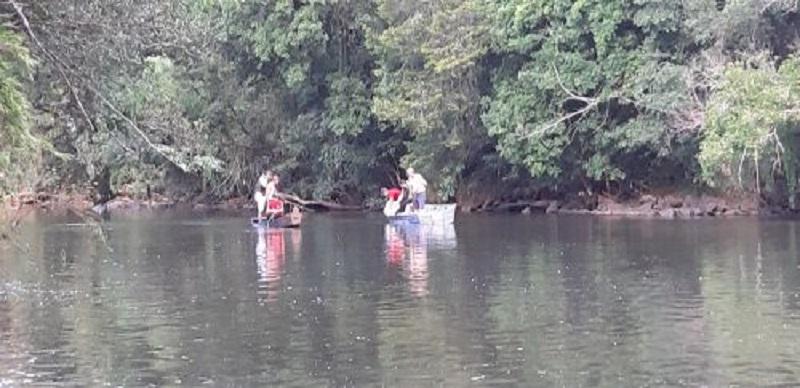 5 pessoas da mesma família morrem afogadas em rio de General Carneio neste domingo