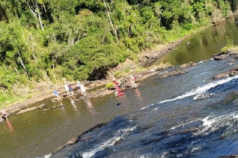 Jovem se afoga em cachoeira de União da Vitória, na divisa com  município de Cruz Machado