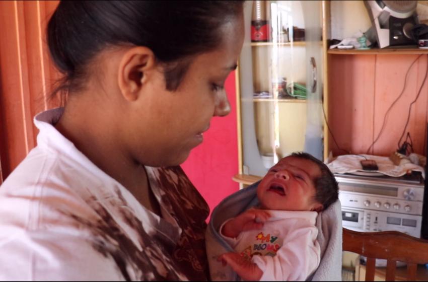 SUPERAÇÃO: Bruna tentou suicídio por três vezes, venceu a depressão após nascimento da filha.