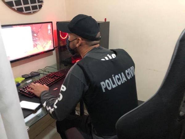 Operação contra pornografia infantil na internet prende 14 Pessoas em várias cidades do Paraná