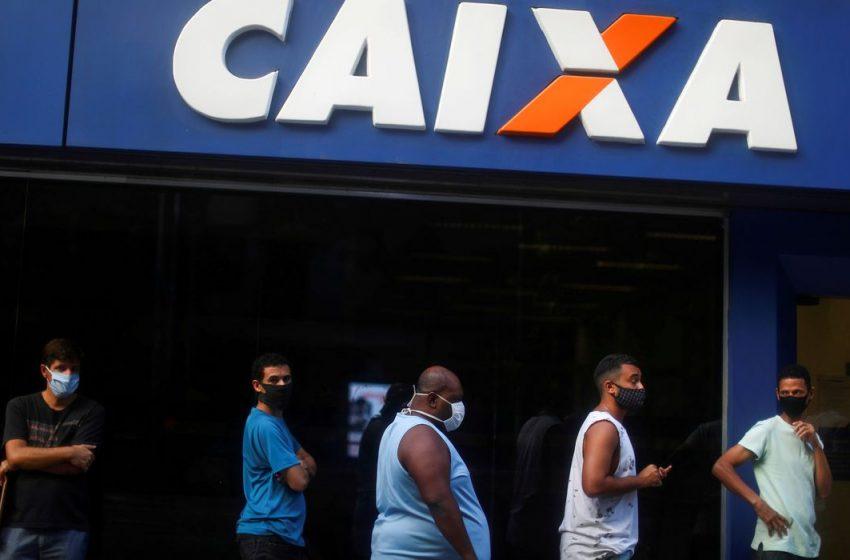Caixa abre 751 agências hoje para pagar auxílio emergencial