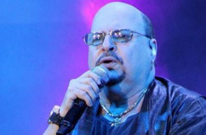 Paulinho, do grupo Roupa Nova, morreu após contrair Covid-19