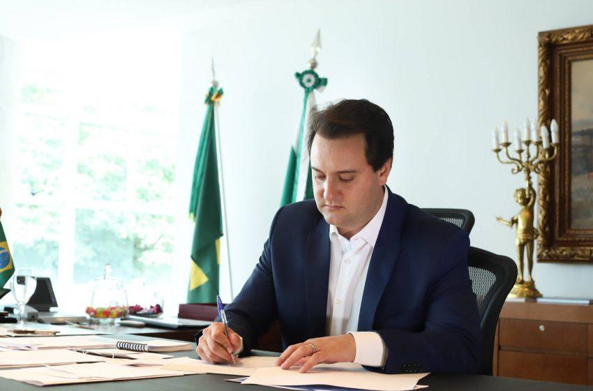Governador sanciona lei que assegura reajuste do mínimo regional