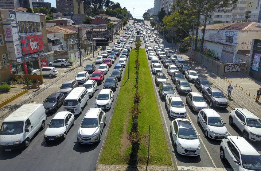 Governo quer diminuir em 50% o valor cobrado para registro de veículos financiados