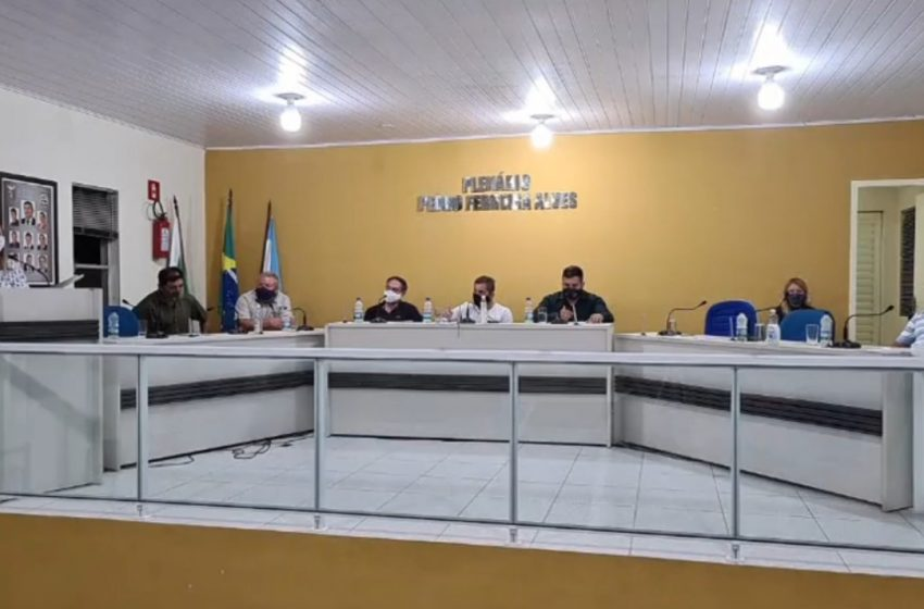 Secretária de Saúde citou ações frente à pandemia para Câmara, em Antônio Olinto