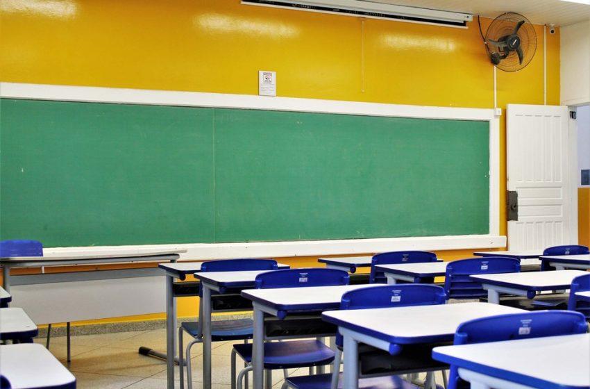 Prova do PSS para contratação de professores no Paraná tem 12,74% de abstenção, diz Seed