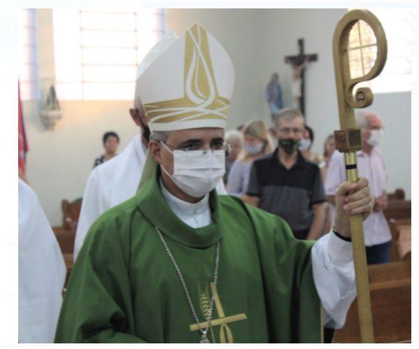 Quaresma e distribuição das Cinzas: simbolismo e ponto de conversão católica