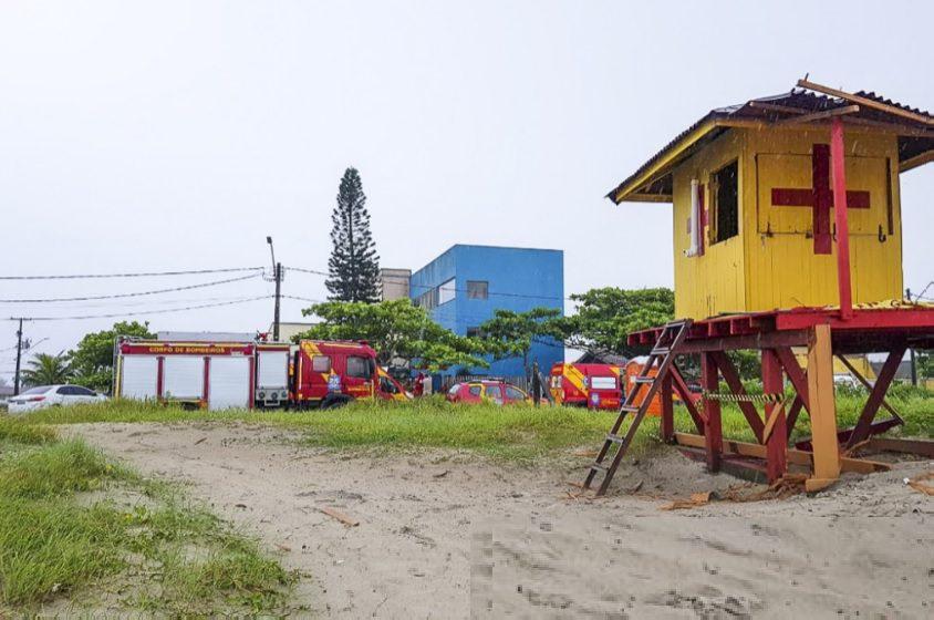Raio atinge guarda-vidas em Guaratuba