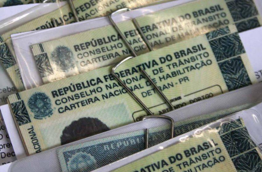 Detran alerta sobre venda de CNH falsa