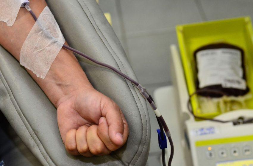 Governo incentiva doação de sangue antes de imunização contra covid-19