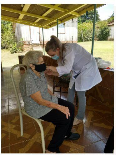 Inicia a vacinação em idosos com mais de 90 anos em Antônio Olinto