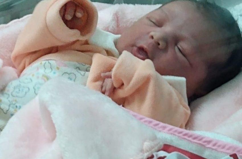 Final feliz: Mãe faz parto da filha em casa, em Paranavaí