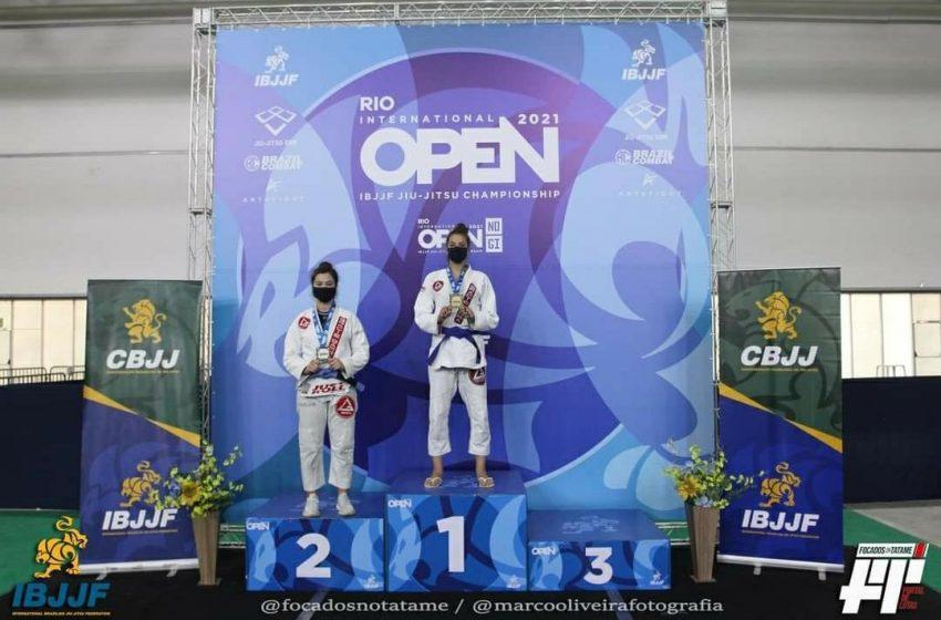 São-mateuense Lauriane é campeã de Jiu-Jitsu na Open Rio 2021