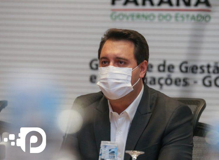 Sede do Governo do Paraná registra surto de Covid-19.  Ratinho Jr testa negativo