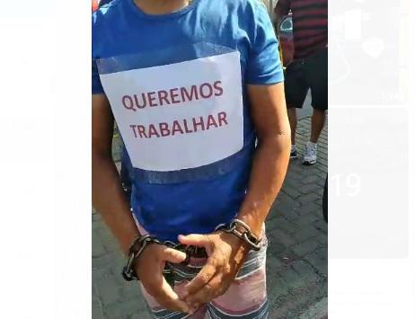 """Protesto contra o """"Lockdown"""" é realizado pelos Comerciantes de Pinhais"""