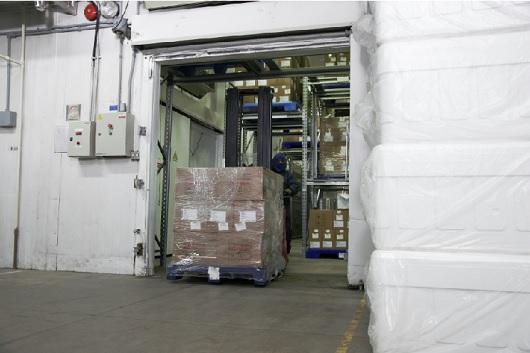Fiocruz entrega ao PNI primeiro lote de vacinas Covid-19