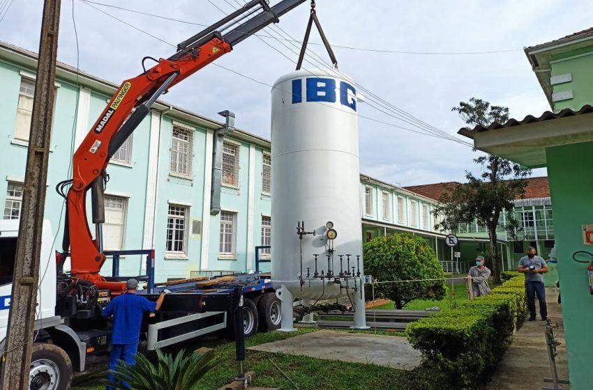 Hospital Regional da Lapa instala reservatório de oxigênio
