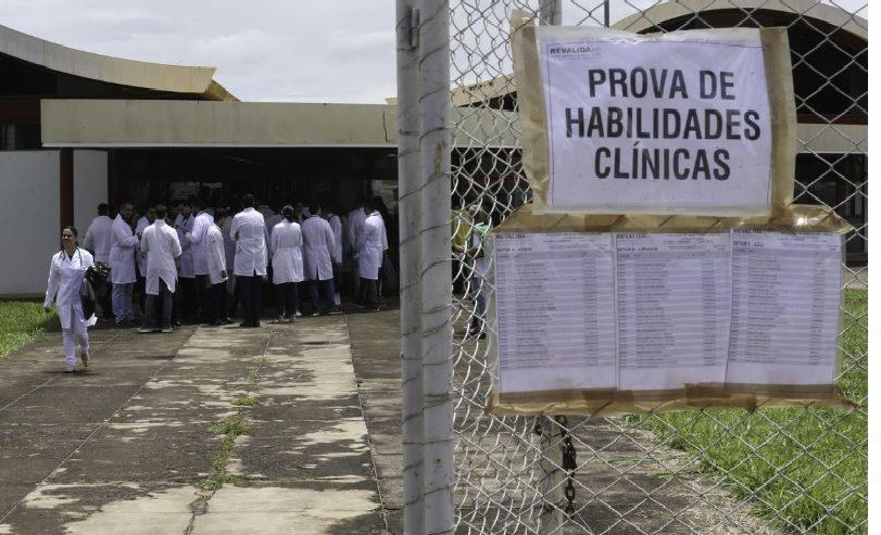 Chapecó poderá contratar médicos sem o Revalida, por decisão de juiz federal
