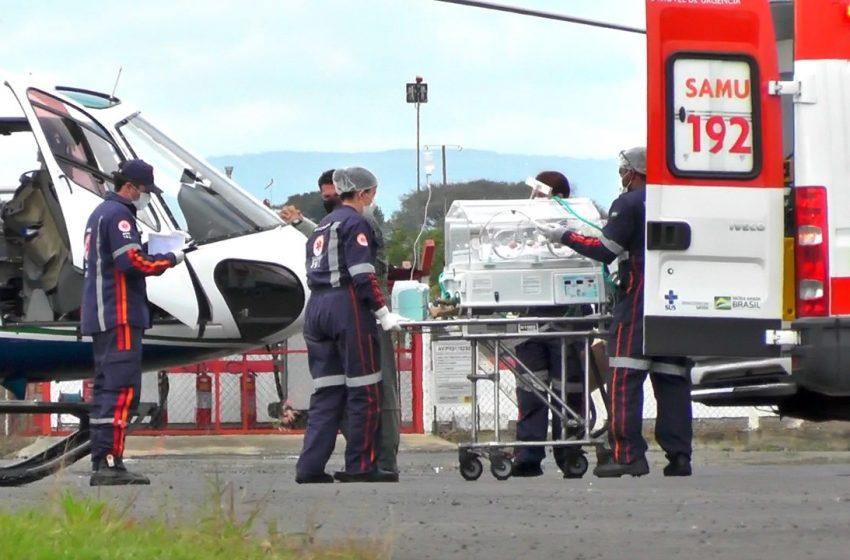 Bebê de São Mateus do Sul é transferido de helicóptero até Curitiba