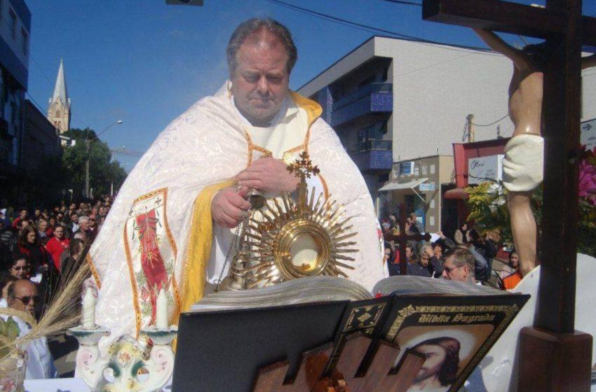 Padre Silvano é homenageado, nomeando a Rua do Mathe em São Mateus do Sul