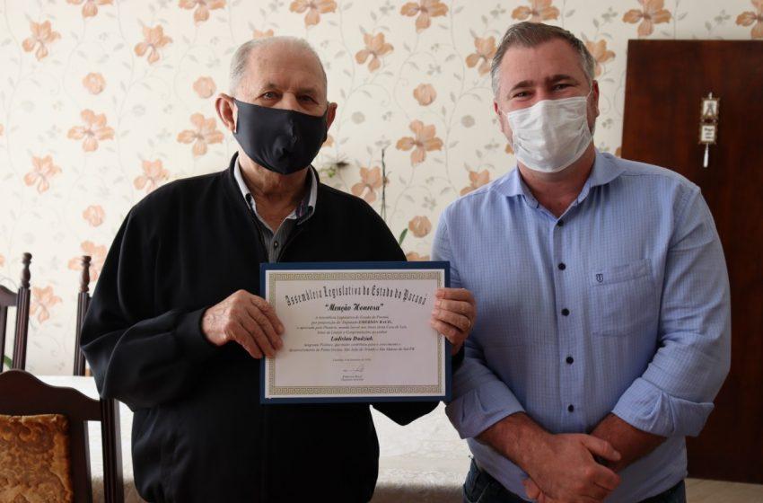 Imigrante polonês e comerciante regional recebe Menção Honrosa do deputado Bacil
