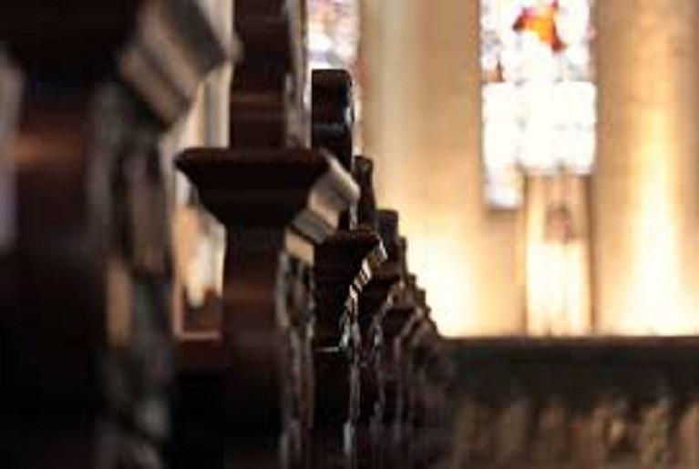 Duas igrejas são furtadas em 24 horas