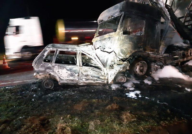 Após trafegar na contramão motorista morre carbonizado na BR-376