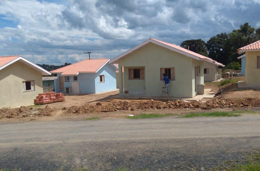 Seis novas famílias triunfenses são contempladas pela COHAPAR