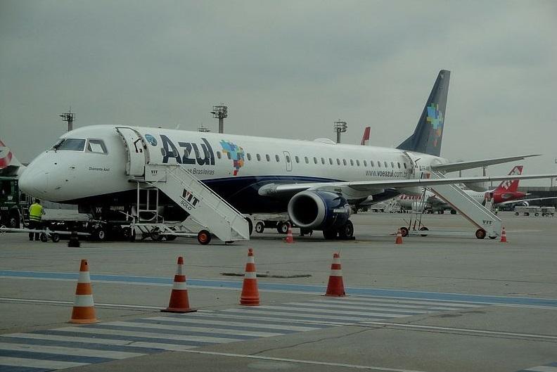 Asas de avião congelam e voo acaba cancelado em Curitiba
