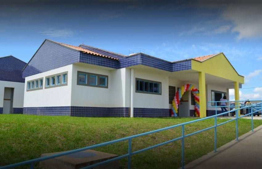 Escola na Vila Palmeirinha tem tentativa de arrombamento
