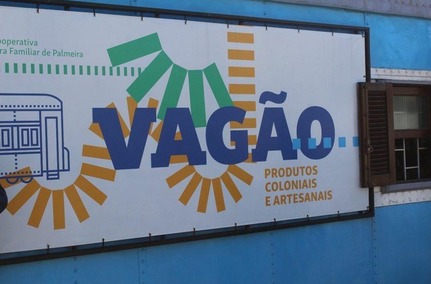Em Palmeira, novo espaço para vender produtos coloniais e artesanais é inaugurado