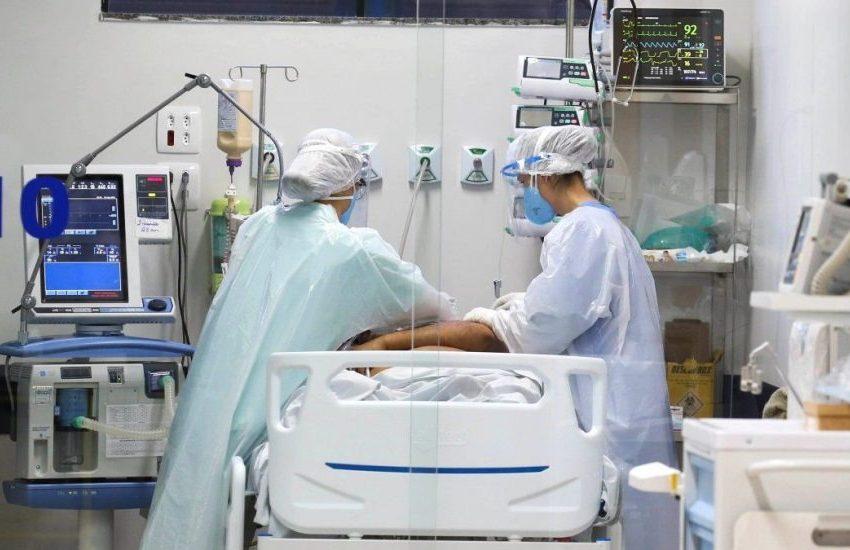 Metade dos leitos para Covid-19 seguem ocupados nos hospitais paranaenses