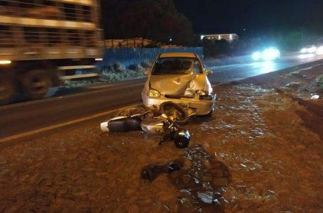 Motociclista fica gravemente ferido após acidente na BR-153