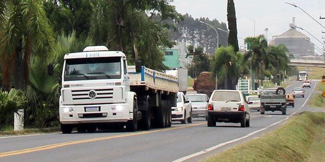 Vigilância em Saúde conscientiza e promove 'saúde do caminhoneiro' em Palmeira