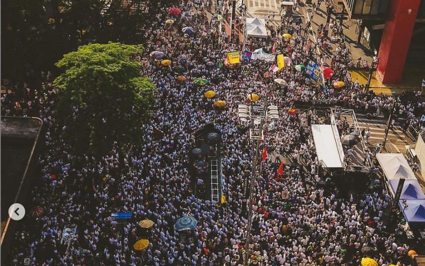 Movimentos organizam novos protestos, numa mobilização pela '3ª via' política