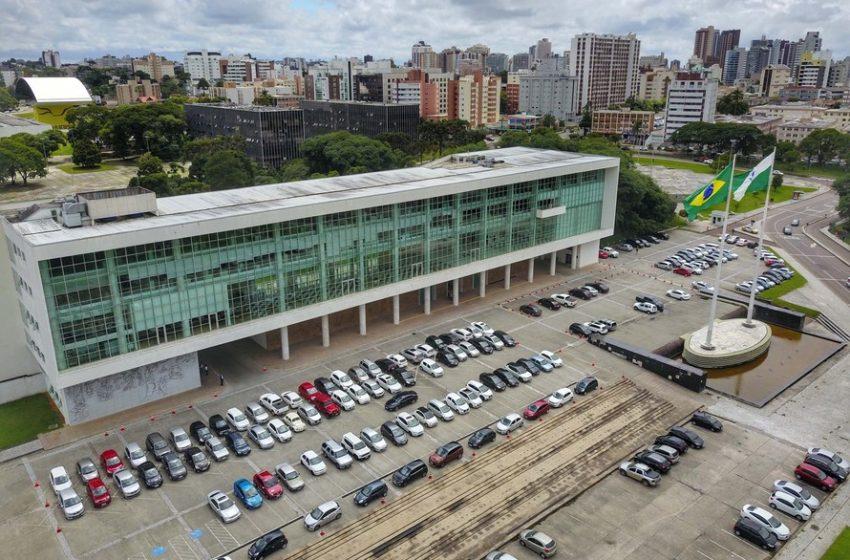 Governo do Paraná publica nova normativa em que autoriza eventos com até 5 mil pessoas