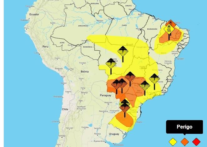 INMET divulga alerta de tempestades para o Paraná