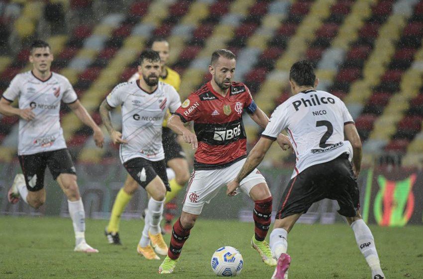 Athletico-PR leva goleada no Maracanã e sofre maior derrota em 11 meses